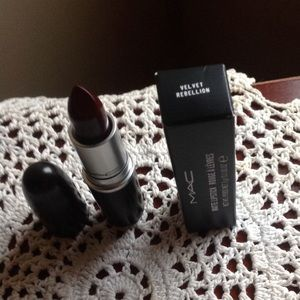 MAC Matte Lipstick in Velvet Rebellion